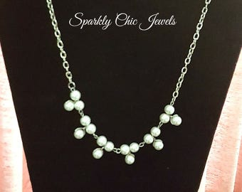 Simple Classic Pearl Necklace