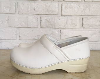 White Leather Clogs, size 5 EUR 35