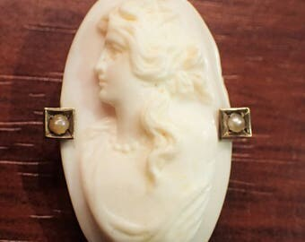 Victorian Hand Carved Left Facing Shell Cameo Frameless 14k Gold and Seed Pearls