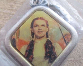 "Vintage,  Dorothy from  Wizard of Oz  key RIng "" There's No Place like Home "" key ring  - - estate find!"