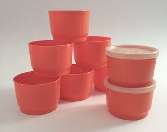 Set of 8 Tupperware Four-Ounce Orange Containers with Two Lids