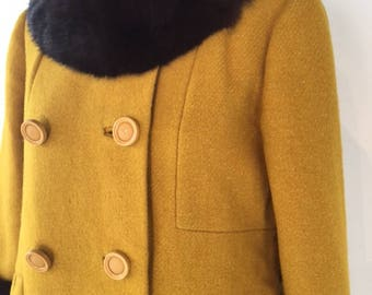 Immaculate late 50s/ early 60's SEARS Golden Yellow Pure Wool Mad Men Coat