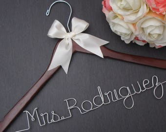 Personalized Wedding Dress Hanger - Bride Hanger with Date - Personalized Hangers for Wedding -  Wedding Hangers Name - Bridal Hanger