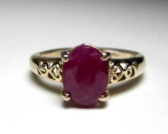 Vintage sterling silver ruby ring