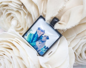 Bridal Photo Bouquet Charm - Photo Bouquet Charm - Wedding Photo - Custom Photo Bouquet Charm - Silver Bouquet Charm - 25 mm / 1 in Square