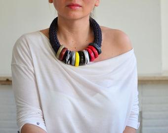 Original neck piece/statement necklace/chunky neck wear/knit neck wear/winter trend/jewelry trend 2017/knit necklace/cotton necklace/bold