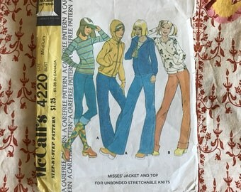 1974 McCalls 4220 size medium blouse and pants