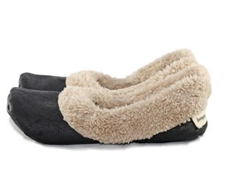 Sherpa Slippers - Soft Sole Shoes - Warm Slippers - Black and Oatmeal