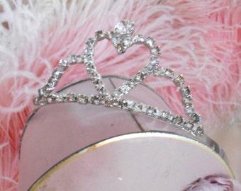 Vintage Shabby Chic Prong Set Rhinestone Heart Tiara/Crown/Headpiece