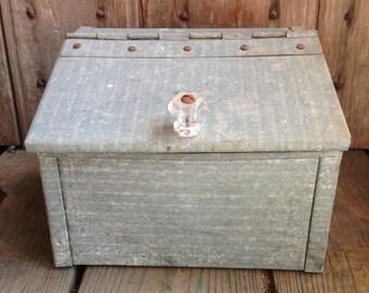 vintage galvanized box / storage box / vintage galvanized storage / galvanized metal box
