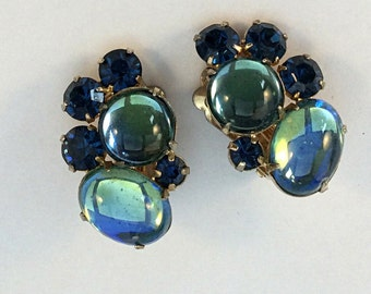 Vinage Coro Cabochon and Rhinestone Clip On Earrings in Blue