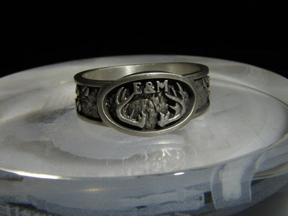 Deer antler ring, deer track ring with or without initials. Sportsman's ring or Hunter's ring