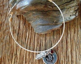 FSU arrowhead bracelet with garnet rhinestone and feather: Florida State Seminoles bracelet with 2 arrowheads, Arrowhead bracelet FSU
