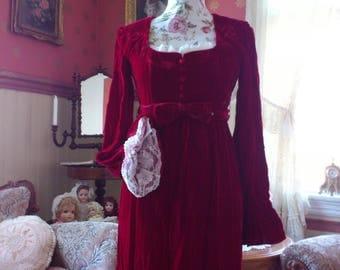 Vintage Red Velvet Baroque Marie Antoinette Lace maxi Dress