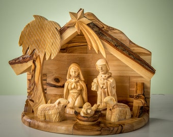 Olive Wood Nativity set /carved nativity with stable/ Holy Land - E29