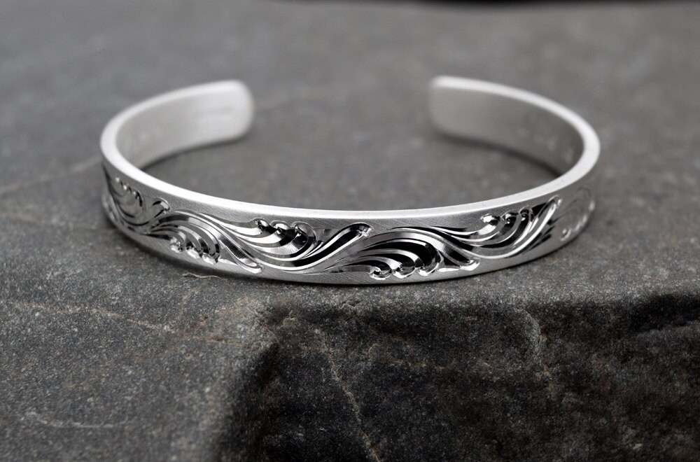 engravable silver cuff bracelet engraved bracelet custom. Black Bedroom Furniture Sets. Home Design Ideas