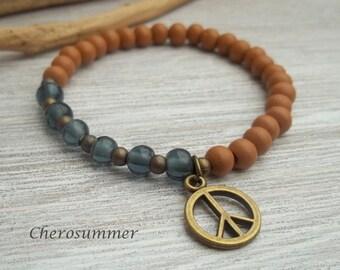 Yoga wrist wood and glass beads blue