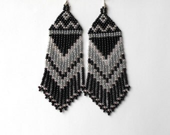 Black Silver Gray Earrings.  Native American Earrings Inspired. Beaded Earrings. Beadwork