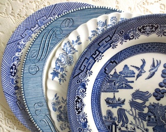 Mix of 4 Blue and White Vintage Dinner Plates.  Mismatched Plates. Farmhouse Cottage Kitchen Decor.  Ironstone Wall Collage Dishes