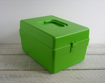 Vintage Pattern Storage Box ~ Lime Green Plastic Sewing Accessory Container ~ Wil-Hold Craft Supply Holder (B8)