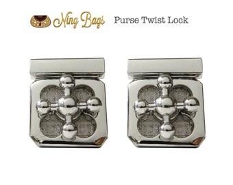 SALE // Set of 2 - Purse Twist Lock / Purse Turn Lock / Metal Locks / Turn Lock Clasp / in Silver Finish (New)
