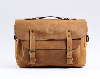 Laptop Messenger Bag (Honey)