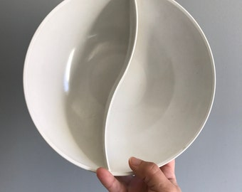 Westinghouse Ovation White Melmac Divided Bowl