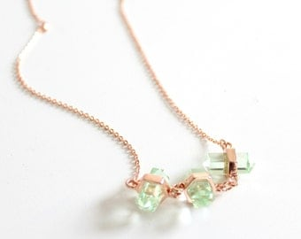 Flash sale! Green crystal point necklace - crystal necklace - rose gold necklace - bohemian necklace - boho jewelry - statement necklace