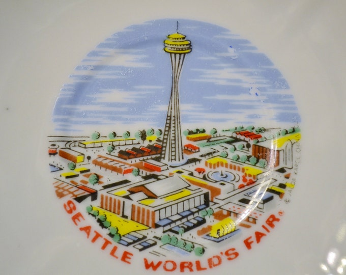 Vintage Decorative Plate Saucer Seattle Worlds Fair Washington State Travel Souvenir Kitsch Decor Panchosporch