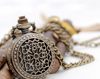 Vintage style quartz pocket watch necklaces, pocket watch pendants, steam punk watches,floral watch necklaces,antique bronze P80