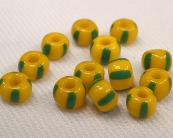 15 Yellow & Green Glass Beads, Loose Yellow Beads, Beads For Jewelry Making, Yellow And Green Beads, Destash Bead Supplies (G168)