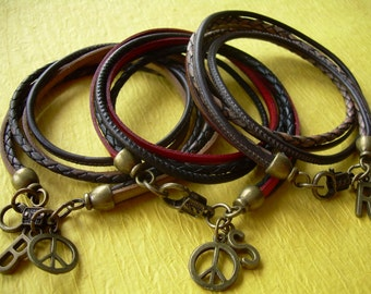 Leather Wrap Bracelet with Peace Sign and Initial Charm, Wrap Bracelet, Womens Jewelry, Mens Jewelry, Mens , Womens, Bracelet,