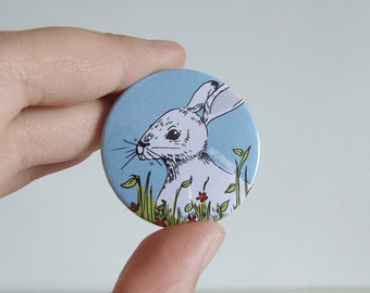 Hare Badge or Magnetic - 38mm Small Pin - Illustration - Animal - Pinback Button