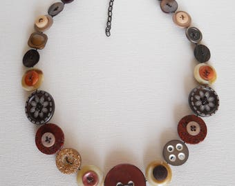 Button Necklace, Button Jewellery, Statement Necklace, Brown Necklace, Buttons, Unique Necklace, Handmade Necklace, Quirky Necklace