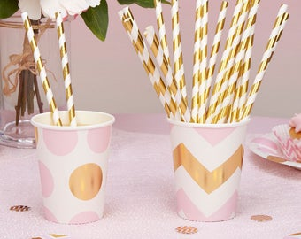 Gold striped paper drinking straws, perfect for weddings