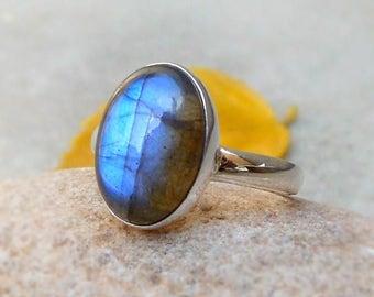 Natural Gemstone Labradorite Ring, Sterling Silver Ring Handmade Jewelry Bezel Ring Boho Ring Blue Stone Ring Stackable Ring gift ring Sz 8