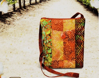 """SONOMA SWING BAG - Uses 2-1/2"""" Strips &/or Fat Quarter Friendly      By: Pink Sand Beach Designs   #108"""