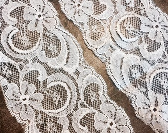 "Lace Trim/Pale Pink/ 5yds/3"" wide/Crafts/Supplies, Wedding Supplies/ party decor/decoration"
