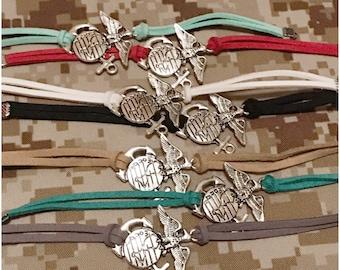 Ega charm leather bracelet