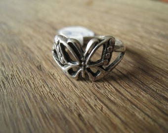 Sterling Silver Cut-Out Butterfly Ring Size 7 (264)