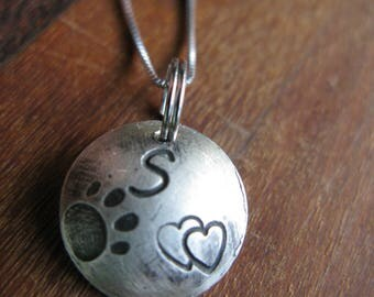 Initial Charm necklace the letter S