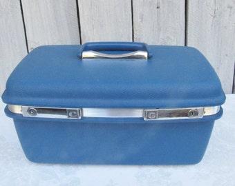 Blue Train Case, Blue luggage case, Blue vintage make-up case, blue Samsonite suitcase, silver and blue, Samsonite carry on, Cruise Ship bag