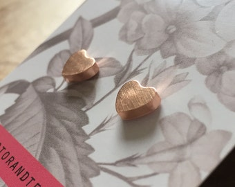 Heart Studs rosegold - earstuds with in the shape of hearts - minimal, trend, trendy, stainless steel, love, valentine, earrings, rosegold