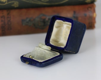 Vintage Ring Box with Clasp Engagement or Wedding Ring Box Presentation Ring Box