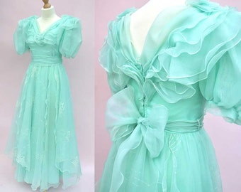 Vintage 80s Seafoam Chiffon Frilly Ball Gown • Prom Gown • Mermaid