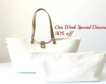 Special Discount 30% Off - ORIGINAL PRICE 242 - Leather Tote bag, Wool felt tote bag, Messanger bag, Everyday tote bag, Weekender.