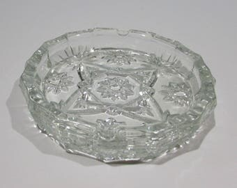 Anchor Hocking Ashtray ~ Star of David Pattern ~ Early American Décor ~ 1960's ~ Mid-Century Ashtray ~Crystal Precut Glassware~Heavy Ashtray