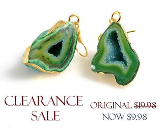 SALE! Green Geode Druzy Earrings for SALE, Emerald Green Druzy Earrings / Pendants - 1 pair/ order