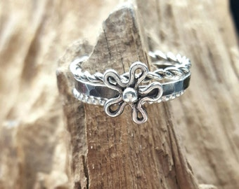 ring set,stacking ring,silver ring,flower ring,wire ring, combination ring, silver jewelry, handmade, minimalistic ring, cute ring,stackable