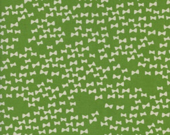 Flower Shop by Alexia Marcelle Abegg for Cotton and Steel - Fat Quarter- Bow Ties in Grass